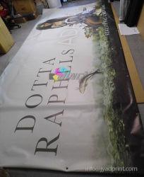 Gran Cruz de la exposición de banners de publicidad