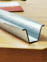 プロフィールの鋼鉄ポストの鋼鉄の梁の鋼鉄チャネルの鋼鉄Purlinsteelの鋼鉄構造の鋼鉄塀のポスト