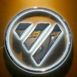Logo's voor 3D-verlichte chroommetalen auto's
