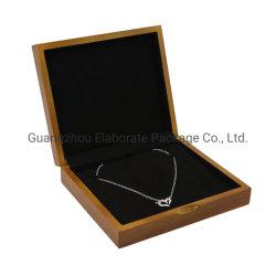贅沢なかえでの自然な実質の木製の宝石ふたが付いている包装ボックスネックレスの鎖の陳列ケース