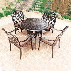 La Tabella rotonda della fusion d'alluminio e presiede il metallo esterno di Furnitur del giardino del patio di 5 PCS che pranza l'insieme
