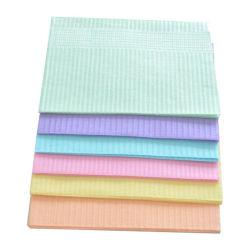 El papel de 2 capas+1 telas de color blanco película Tamaño Personalizado Baberos Dental