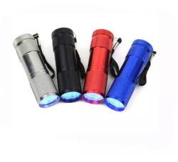 9LED紫外線トーチの黒く軽い懐中電燈は、365nm紫外線トーチ紫外線ランプ9LEDのトーチをつける