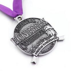 Fabricante en China la medalla de metal personalizados eventos deportivos de aleación de zinc medallón con cordón