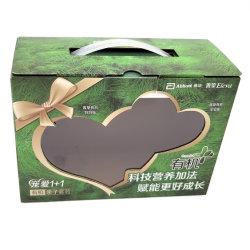 La Chine Fabricant OEM personnalisé imprimé du logo de Lait Jus de fruits de café d'alimentation du papier d'emballage de cadeaux boîte en carton<br/> avec poignée en plastique de la fenêtre PVC