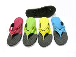 PVC OEM personalizado/EVA en el interior de la playa exterior zapatillas para hombres