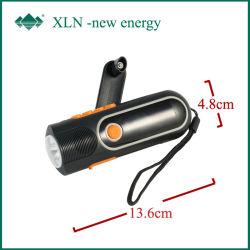Kampierendes Handcrank und Rechargeable LED Radio Flashlight Torch