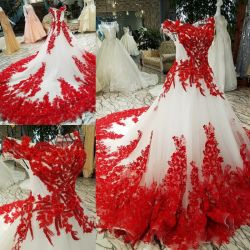 レースの夜会服赤いアイボリーカラーアクセントの花嫁のウェディングドレスLd1162