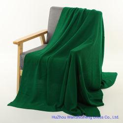 De hete Verkopende Acryl Stevige Groene Kleur gebreide Deken van 100% met Hoge Warmte