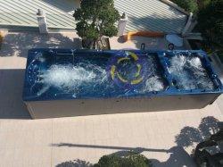 Gran piscina interminable Surf Swim SPA con jacuzzi
