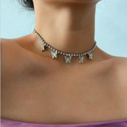 La moda de estilo europeo Single-Dimensional Diamante geométrica Butterfly Borla temperamento collar