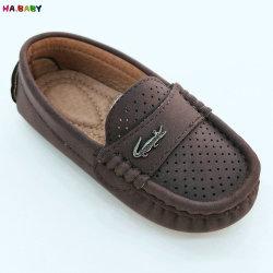 Nouvelle conception de chaussures occasionnel arrivent les enfants Les enfants Baby Boy sans lacets de chaussures