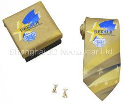 Geschenk-Kasten bedeckt durch die gleichen Gewebe wie Krawatte