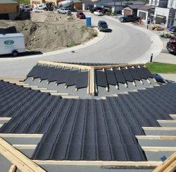 West-Afrika natuurlijke stenen gecoat stalen dakbedekking Tegels Anti-Fade FRP Dakbedekking materialen voor Appartementen Villa