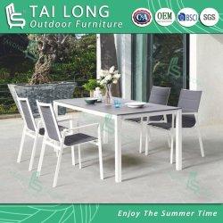 石造りガラスが付いている中国の屋外の織物のスタック可能椅子の庭のダイニングテーブル