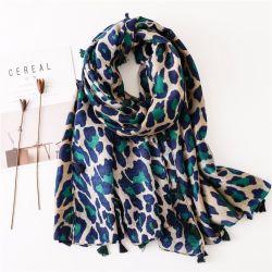 Nuovo scialle leggero lungo della sciarpa stampato del leopardo degli accessori delle sciarpe di modo delle donne punto