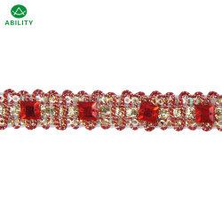 El poliéster de color rojo Rhinestone decoración elegante nueva moda de fresado