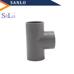 給水系統のためのプラスチック管付属品のティー