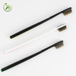 فرشاة أسنان Nano للبالغين وفرشاة أسنان ناعمة ذات شعيرات مطاطية ناعمة أفضل تصميم للرعاية الصحية