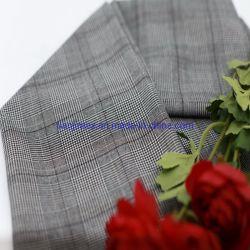 方法女性のスーツの衣服のための年によって染められる格子縞T/R/Spファブリック