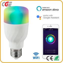 スマートなホームのためのWiFi LEDの球根を薄暗くする屋内情報処理機能をもった声制御薄い色の臨時雇用者調節可能なStepless