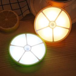 Sensor de luz nocturna estilo de limão para o corredor candeeiro de parede da bateria