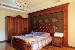 Le chêne rouge en couleur rouge en bois massif Chambre avec lit Contexte
