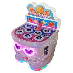우울 구정 게임 머신 아이들이 해머 코인에게 타격을 가했습니다 해머 아케이드 게임 기계를 작동했습니다