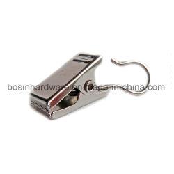 Cortina de metal plateado con gancho de clip para la pista