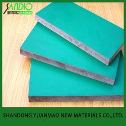 Face en placage stratifié de Mélamine MDF avec des couleurs différentes pour les matériaux de construction et de meubles