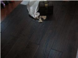 메뚜기 Tree Robiniathickness 18mm Natural Solid Wood Floor