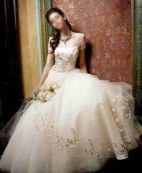 Robe de mariage (DEO002)