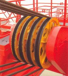 Las gavillas en el auge 2 usando en gancho agarrador