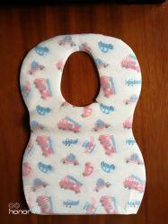 カスタム防水使い捨て可能な赤ん坊の製品の赤ん坊の胸当て