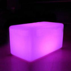 Muebles de exterior de la barra de plástico Cubo de iluminación LED Taburete asiento