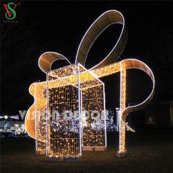 El arco exterior gigante Motif decorativos vacaciones 3D de las luces de la caja de regalo