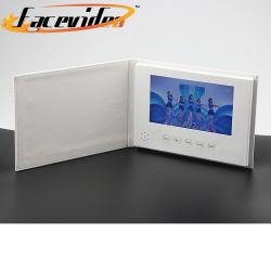 Commerce de gros bateaux de papier de haute qualité Affichage LCD 7 pouces PU Vidéo Brochure cadeau d'affaires de la carte vidéo de vacances Livre d'invitation