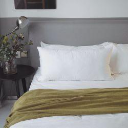 Algodão de fibra de bambu de luxo fronhas com almofadas de enchimento de poliéster (YFP0501)