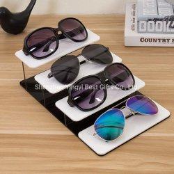 Banco di mostra su ordinazione degli occhiali da sole della cremagliera di visualizzazione di vetro acrilici 4PCS