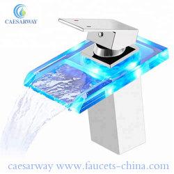 Loiça sanitária de banho Bacia Cachoeira toque com LED
