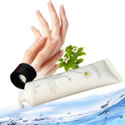 Kamillen-Kräuterhandsahne für Winter-Handsorgfalt mit Handdem befeuchten