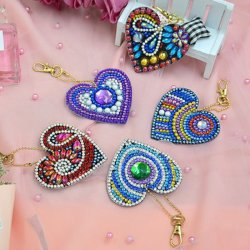 Créatif Décoration bricolage Diamond peinture forme de coeur en plastique trousseau avec différentes formes de diamants