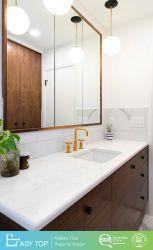 تصميم جديد حمام بمرآة ذكية من نوع LED وألوان خشبية من الخشب الطبيعي خزانة الحمام المصنوعة من مادة PVC
