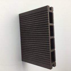 Hete Hout Decking van het van de Bron verkoop Vernieuwbare Vloer 135*25mm van de Laagste Prijs WPC Houten Plastic Samengestelde