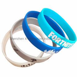 RFID personnalisé de l'écran de soie imprimé en caoutchouc silicone gifle Smart bracelet gravé moustique USB imprimé personnalisé gravé bracelet en silicone pour cadeau promotionnel