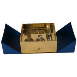 Le Mylar papier argenté bouteille de parfum cosmétiques boîte cadeau rigide