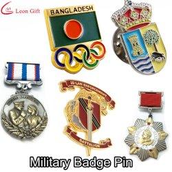 Fábrica Custom nombres de proveedores Policía Gold Metal Craft esmalte Insignia de solapa