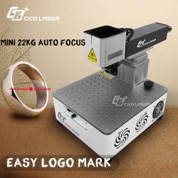 Incisione in acciaio Gioielli incisione Logo di metallo Stampa laser portatile in fibra Macchina per marcatura/stampante per bottiglie in plastica/incisore