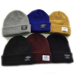 2021 Winter Warm Knit의 여성 사용자 정의 일반 블랭크 구멍 Knitted Beanie HAT