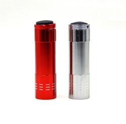 Voyant de batterie AAA Torche Lampe de poche avec alliage en aluminium